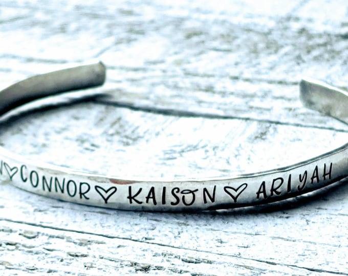 Kids names. Mom gift. Mom bracelet. Sterling silver Bracelet. Hand stamped. Mother's day. Mom birthday.