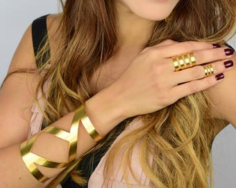 Metal Cuff Bracelet, Brass Bracelet, Statement Bracelet, Metalwork Cuff, Bohemian Bracelet, Bohemian Jewelry,Big Bracelet,Gold Cuff Bracelet