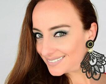 Black Chandelier Earrings, Bridal Boho Earrings, Long Fringe Earrings, Fashion Jewelry, Long Earrings, Bridal Jewelry, Wedding Jewelry, Boho
