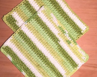Pair of 100 % cotton double crochet pot holders (hot pads)