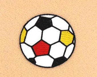 Futbol parche hierro DIY parche bordado parche parche apliques bordado  6.8x6.8cm 7c6ba6fb0346d