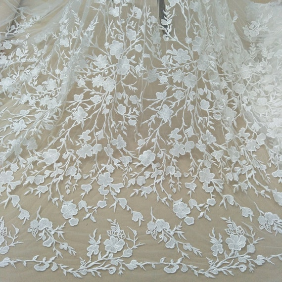 2019 New collection bridal ivory lace fabric rayon guipure lace fabric French lace embroidery lace for wedding dress