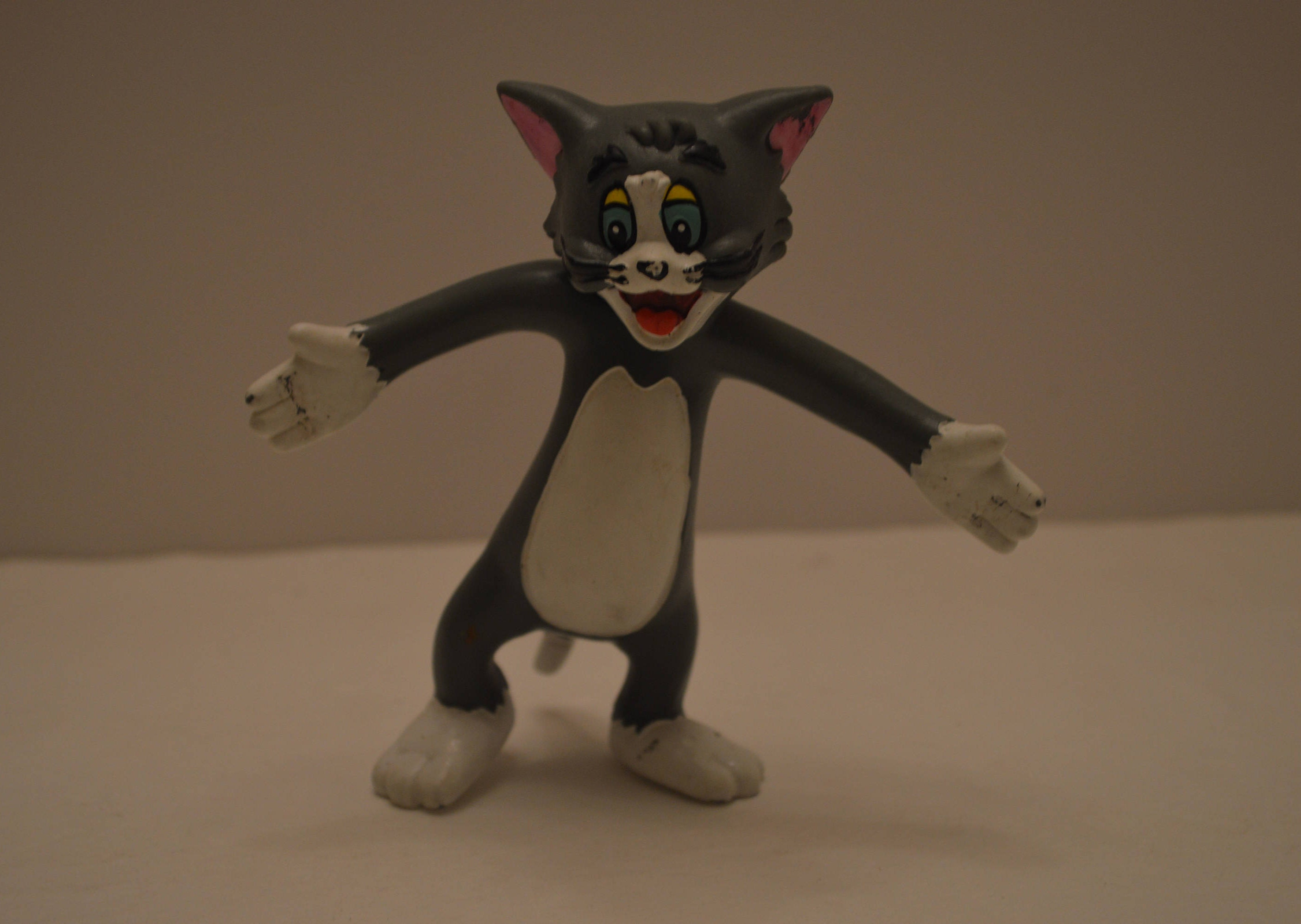 Tom and Jerry Bendable Figure Set