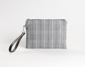 0f0b8524a3f9 Checkered bag
