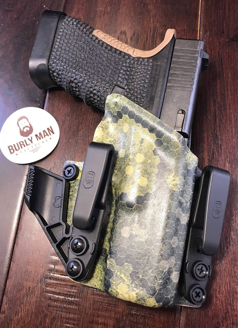 Glock 20 Kydex Holster Carbon Fiber For IWB Raven Concealment Claw Made in  the USA by Burly Man Tactical (Left Handed)