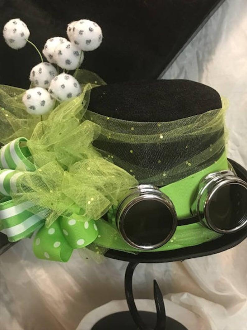 Screamin/' Green Steampunk Tophat
