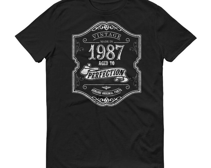1987 Birthday Gift, Vintage Born in 1987 t-shirt for men, 32nd Birthday shirt for him, Made in 1987 T-shirt, 32 Year Old Birthday Shirt