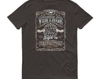 1955 Birthday Gift, Vintage Born in 1955 t-shirt for men, 64th Birthday shirt for him, Made in 1955 T-shirt, 64 Year Old Birthday Shirt