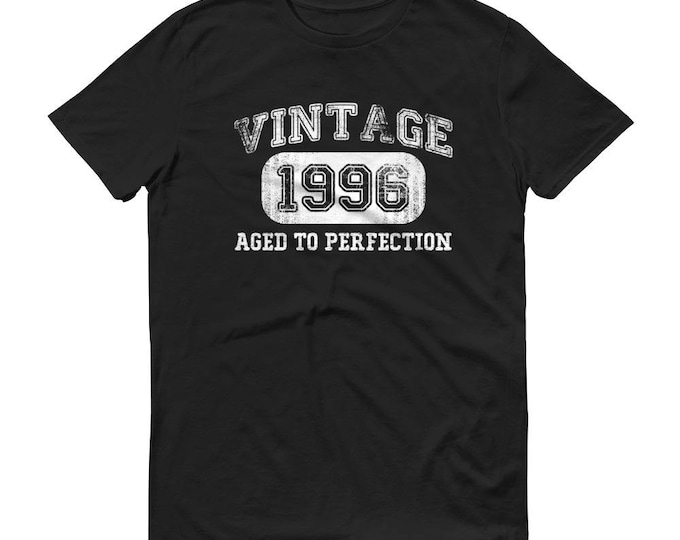 Men's 1996 Birthday Gift, Vintage Born in 1996, 22nd Birthday shirt for him, Made in 1996 T-shirt, 22 Year Old Birthday | BelDisegno