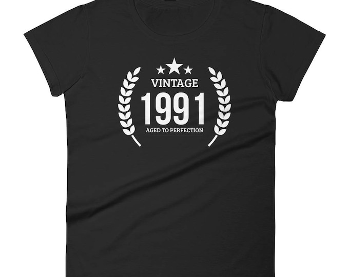 Women's 1991 Birthday Gift, Vintage Born in 1991, 27th Birthday shirt for her, Made in 1991 T-shirt, 27 Year Old Birthday Shirt | BelDisegno