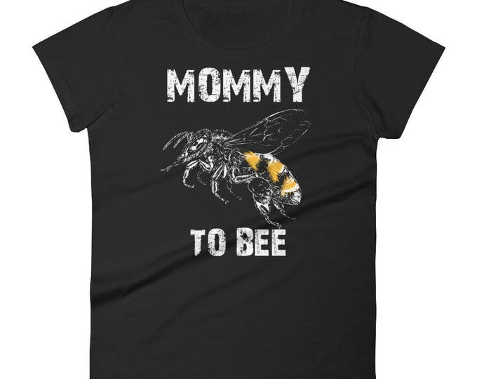 Mommy to bee baby shower Gift,  Mommy to bee t-shirt - first time mommy gifts, mommy to be gift, mommy to bee, mommy to bee shirt