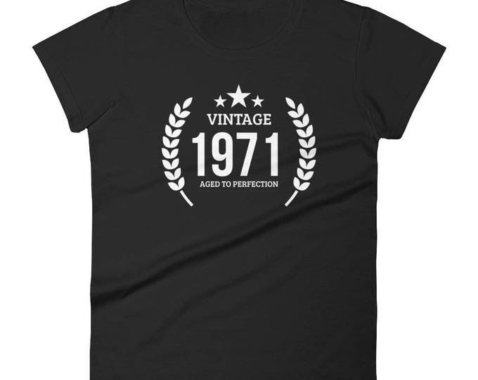 1971 Birthday Gift, Vintage Born in 1971 t-shirt for women, 47th Birthday shirt for her, Made in 1971 T-shirt, 47 Year Old Birthday Shirt