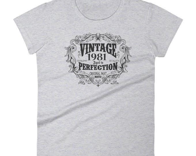 1981 Birthday Gift, Vintage Born in 1981 t-shirt for women, 38th Birthday shirt for her, Made in 1981 T-shirt, 38 Year Old Birthday Shirt