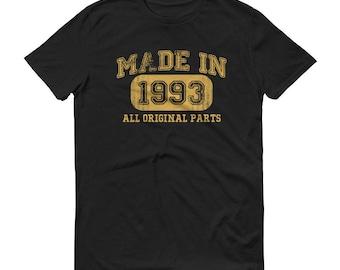 Men's 1993 Birthday Gift, Vintage Born in 1993, 25th Birthday shirt for him, Made in 1993 T-shirt, 25 Year Old Birthday Shirt | BelDisegno