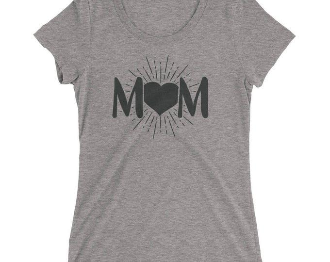 Mom Shirt for Christmas, Mom Heart Love t-shirt - Mom gift for mother's day birthday