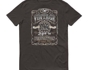 1930 Birthday Gift, Vintage Born in 1930 t-shirt for men, 88th Birthday shirt for him, Made in 1930  T-shirt, 88 Year Old Birthday Shirt