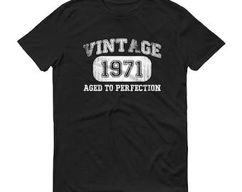 1971 Birthday Gift, Vintage Born in 1971 t-shirt for men, 48th Birthday shirt for him, Made in 1971 T-shirt, 48 Year Old Birthday Shirt