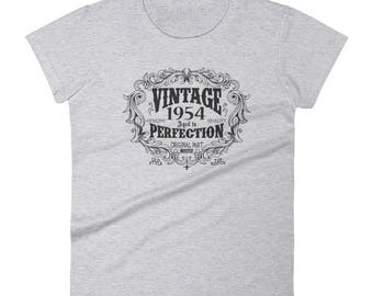 1954 Birthday Gift, Vintage Born in 1954 t-shirt for women, 65th Birthday shirt for her, Made in 1954 T-shirt, 65 Year Old Birthday Shirt