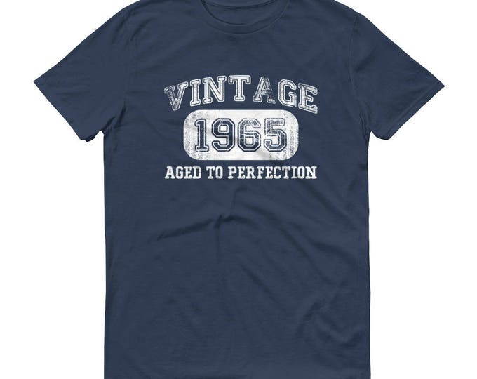 1965 Birthday Gift, Vintage Born in 1965 t-shirt for men, 54th Birthday shirt for him, Made in 1965 T-shirt   Color Lake   Size L