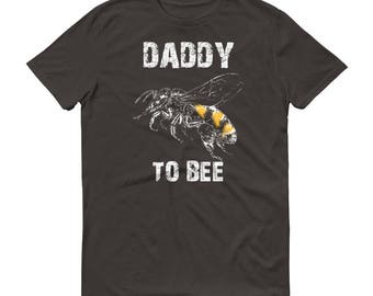 Daddy to be shirt,  Daddy to bee t-shirt - first time dad gifts, baby shower gift, daddy to be, pregnancy reveal, baby announcement