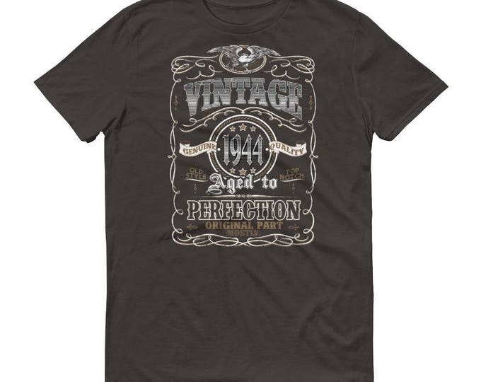 1944 Birthday Gift, Vintage Born in 1944 t-shirt for men, 75th Birthday shirt for him, Made in 1944 T-shirt, 75 Year Old Birthday Shirt