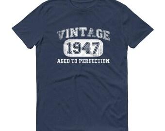 1947 Birthday Gift, Vintage Born in 1947 t-shirt for men, 71st Birthday shirt for him, Made in 1947 T-shirt, 71 Year Old Birthday Shirt