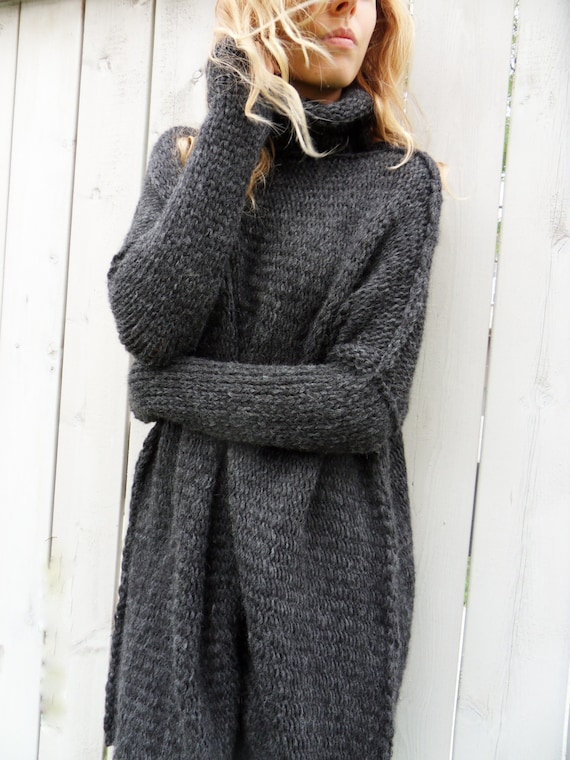Oversized  Slouchy  Chunky knit sweater. Alpaca woman knitted sweater    tunic   pullover. Black   Charcoal grey 7d4c74fe0