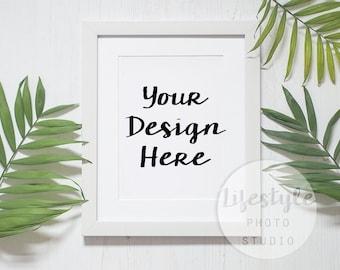 Leaves Frame Mockup Stock Photography / Styled Frame Mock Up / Blank Art Background / Green Botanical Palm Leaf