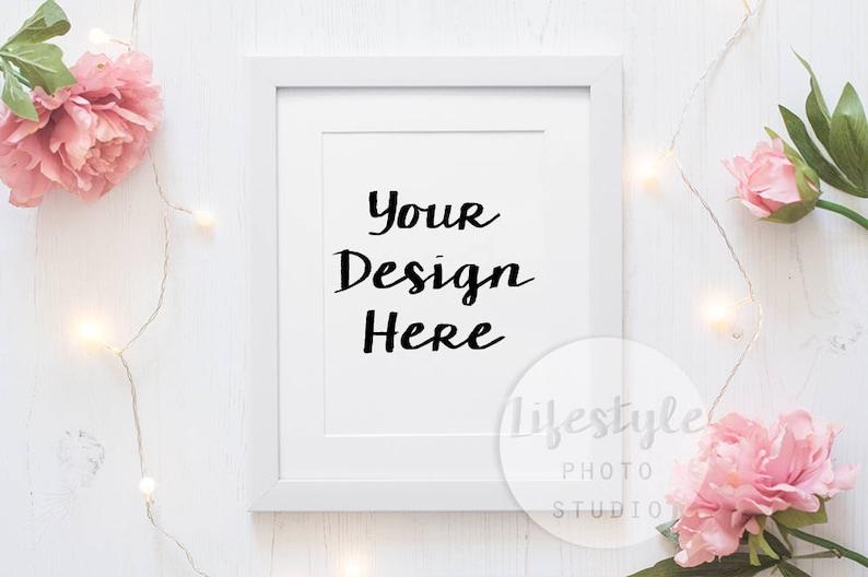 Floral Frame Mockup Stock Photography / Styled Frame Mock Up / image 0