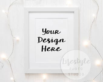 Frame Mockup Stock Photography / Styled Frame Mock Up / Blank Art Background / White Fairy Lights