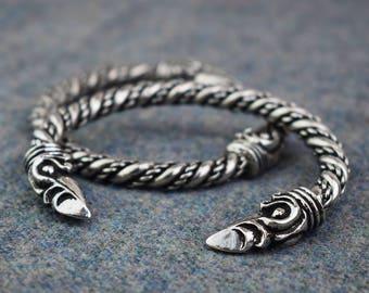 Large Viking Norse Odin's Raven Bracelet ABLET004