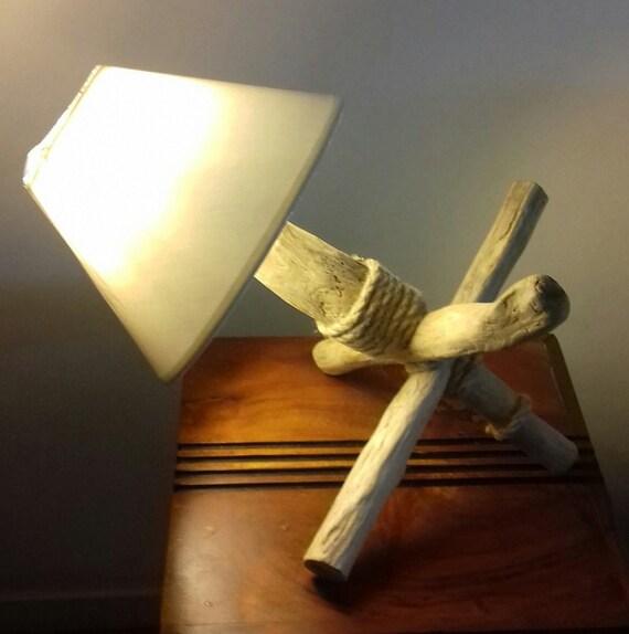 Main Unique En Lampe Bois Pièce Flotté Fait Travailetsy