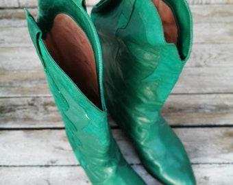 Tamaris schwarze Wildleder Quasten Leder Flach Stiefel