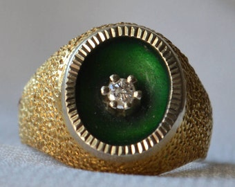 Very unconventional, highly eye-catching vintage Italian-made 18k yellow and white gold ring with concave Green Enamel Diamond setting.