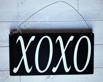 XOXO Hanging Sign, Porch Post Sign