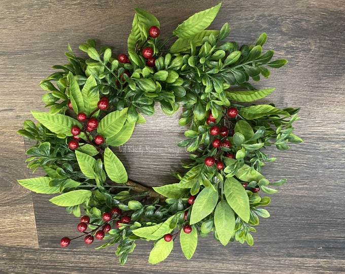 """Boxwood, Mistletoe, Red Berry  6"""" Candle Ring, Christmas Candle Ring, Winter Candle Ring"""