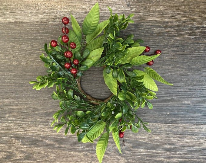 """Boxwood, Mistletoe, Red Berry  2.5"""" Candle Ring, Christmas Candle Ring, Winter Candle Ring"""