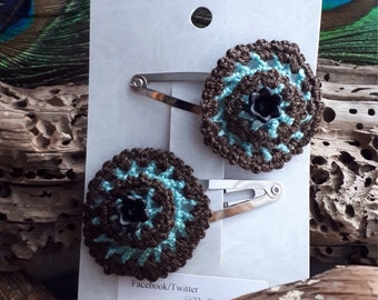 Crochet pair of hair clips / hair barrettes
