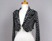 Jacket black/ upcycled sweater/bolero recycled clothes/shoulder waring/ warm shoulder winter/ women bolero black grey/ upcycled clothing