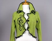 Upcycled green jacket/upcycled sweater/recycled clothe/shoulder cover/upcycled clothes/warm shoulder/Bolero green/evening bolero/long sleeve