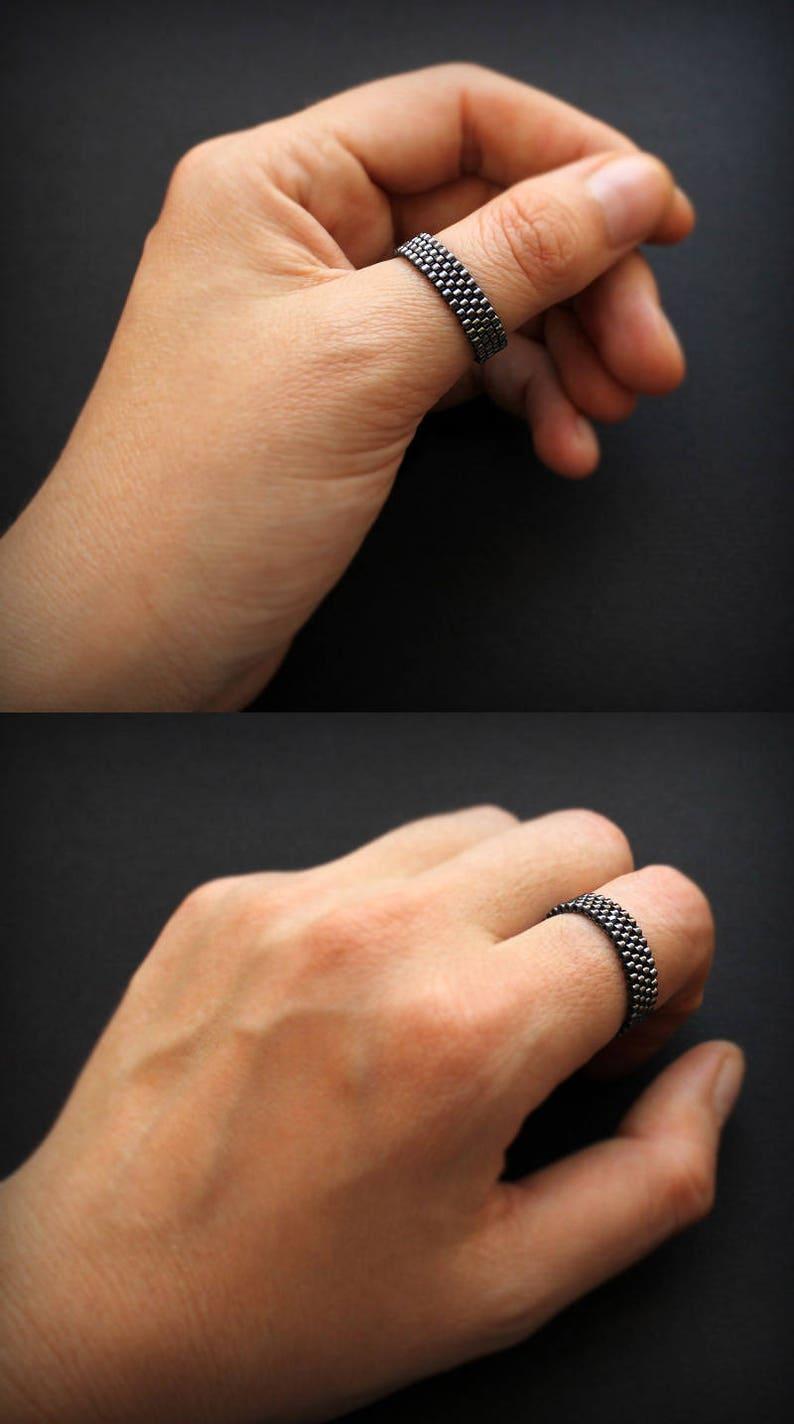Thumb Band