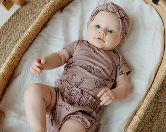Baby bodysuit, pink baby overall, baby romper, dusty pink baby bodysuit, pink with bents bodysuit, baby clothing, baby girl first outfit