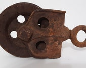 Vintage Barn Pulley Old Cast Iron Rusty Farm Tool Rustic Primitive Steampunk Vtg