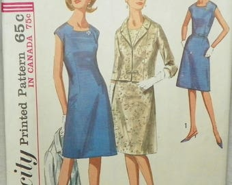 Simplicity Sewing Dress Pattern 1965 Retro Mod Pattern #6245 Half Size Bust 37 Size 16 1/2
