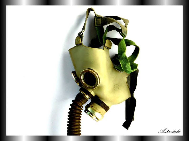 Gas mask Steampunk mask Rare Halloween mask rubber gas mask made in the USSR Vintage BDSM mask Soviet gas mask Masquerade BDSM