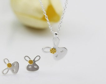 rabbit necklace,sterling silver rabbit necklace, tiny rabbit necklace,rabbit pendant,girl necklace,animal necklace,small rabbit necklace