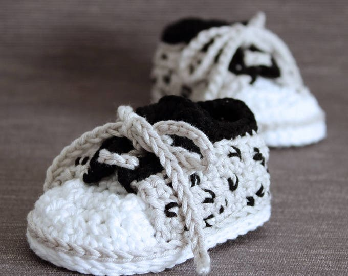 Crochet PATTERN  baby sneakers with cheetah print
