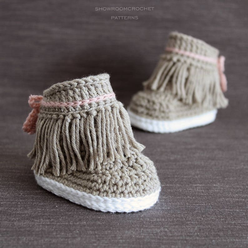 Crochet PATTERN. Dakota baby sneakers.  image 0