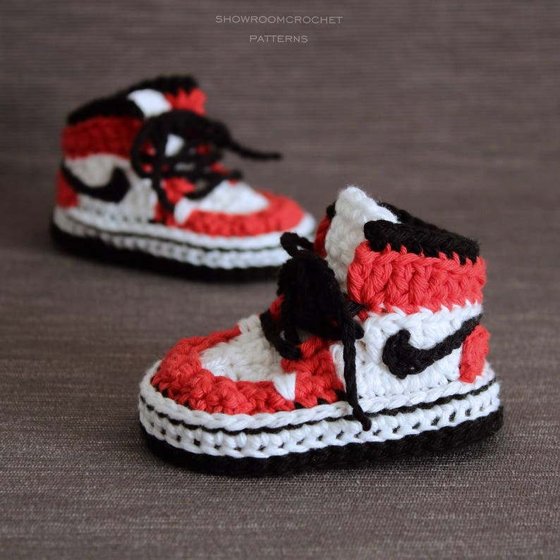 25557a219a95 Crochet PATTERN. Air Jordans style baby sneakers.
