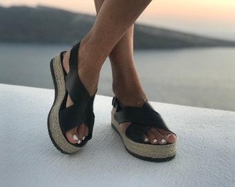 Schwarze Sandalen aus Leder, Frauen Sandalen, griechische Sandalen, Leder-Schuhe,  Sommerschuhe, Geschenk für sie, hergestellt aus 100 % echtem Leder. 2e3a889709